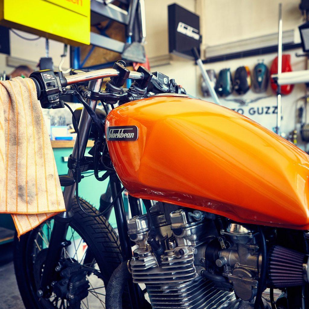 Blackbean-Motorcycles-Suzuki-GR650-9573