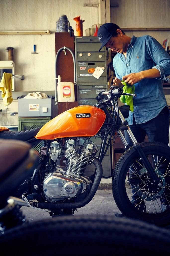 Blackbean-Motorcycles-Suzuki-GR650-9752