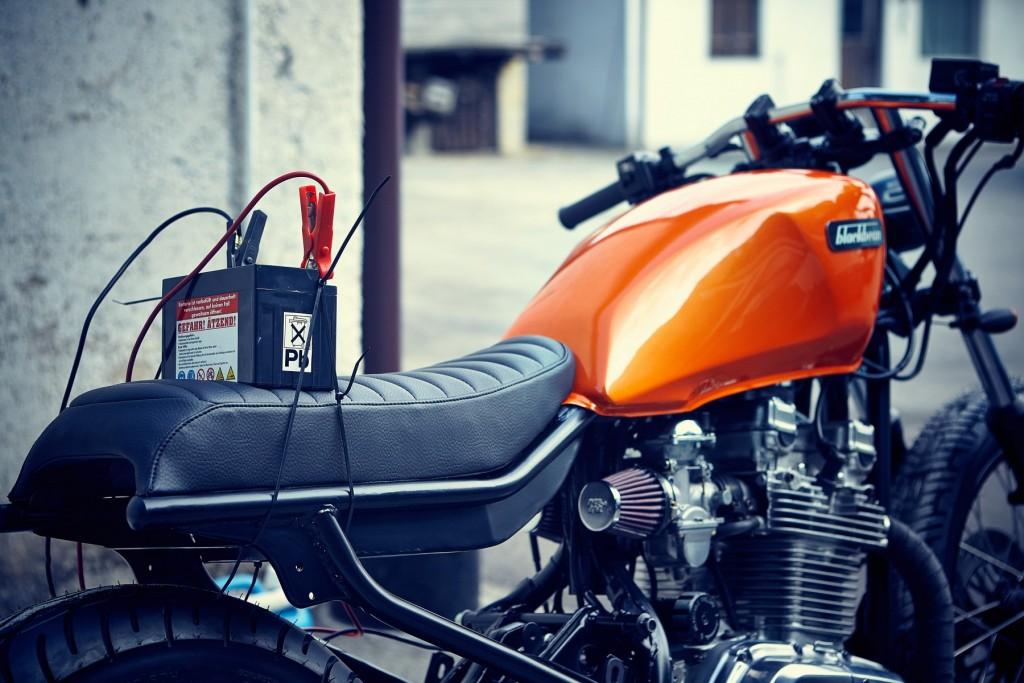 Blackbean-Motorcycles-Suzuki-GR650-9908