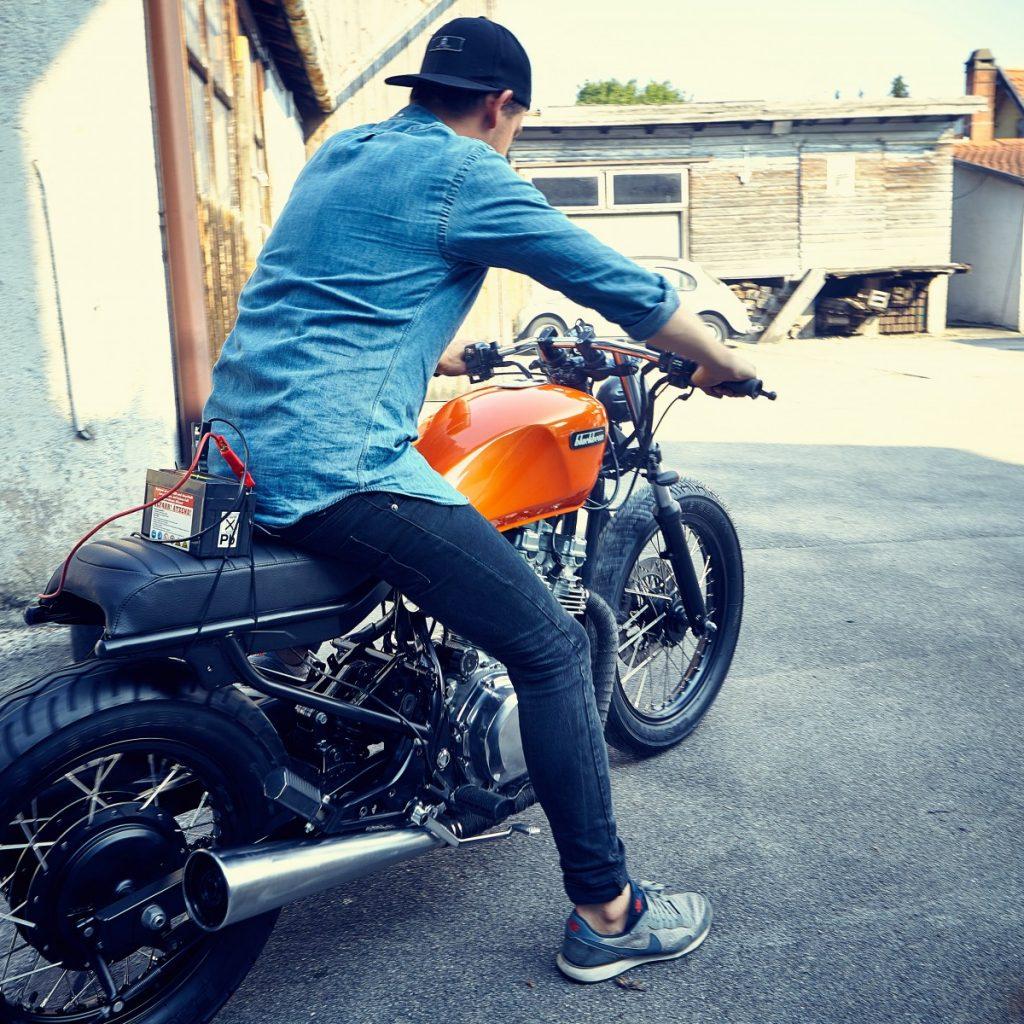 Blackbean-Motorcycles-Suzuki-GR650-9950